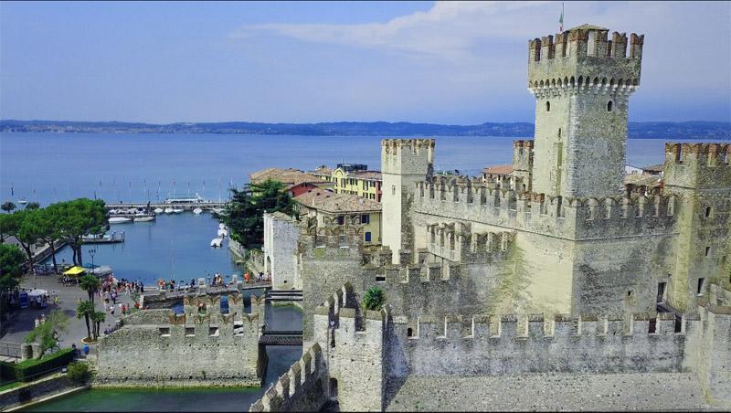 Castello ScalCastello Scaligero di Sirmione igero di Sirmione_La Storia